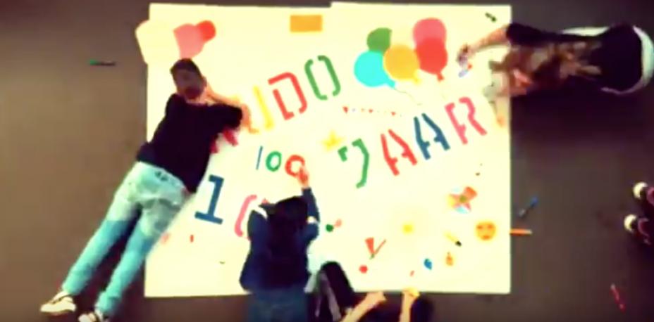 FILM: Weekendschool feliciteert Stichting Sint Trudo