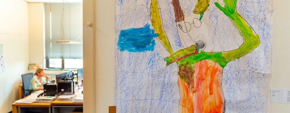 Weekendschool leerlingen exposeren bij Sint Trudo